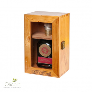 Balsamic Vinegar of Modena PGI Due Vittorie Oro with doser cork in wooden box 250 ml