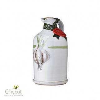 Handgemachter Keramiktopf  mit nativem Olivenöl mit Knoblauch