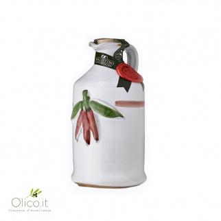 Handgemachter Keramiktopf  mit nativem Olivenöl mit Chilischoten