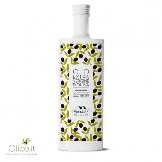 Natives entkerntes Olivenöl aus Coratina
